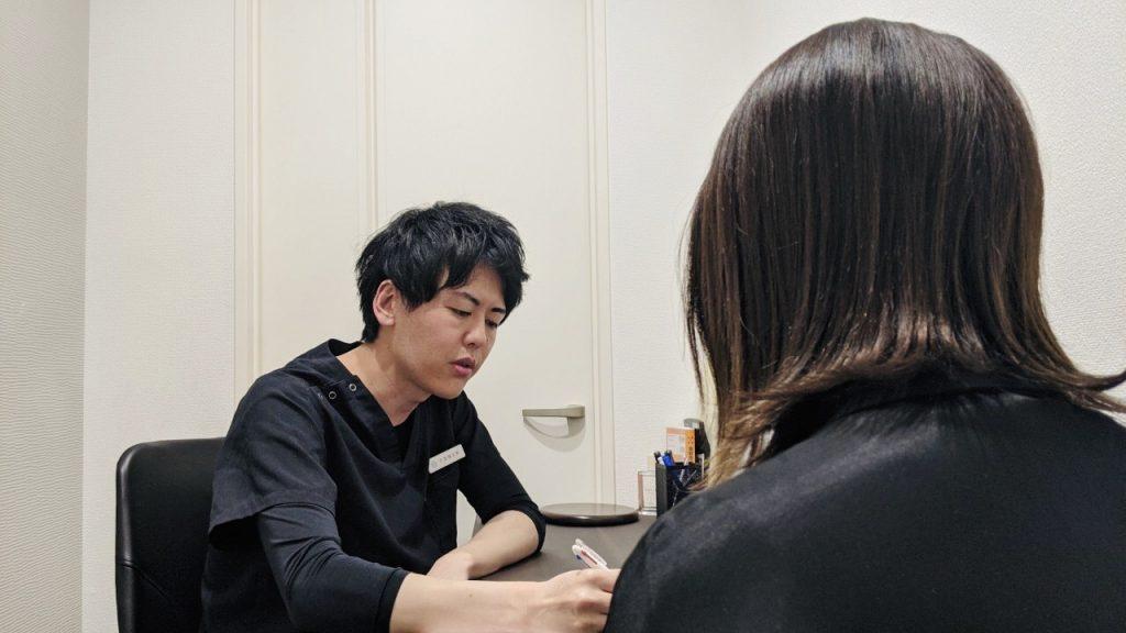 資料・写真に加え、手書きで治療の効果を説明してくれる竹田先生